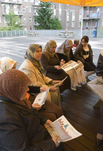 IPSV-project Biz Botuluyuz, Rotterdam Tussendijken