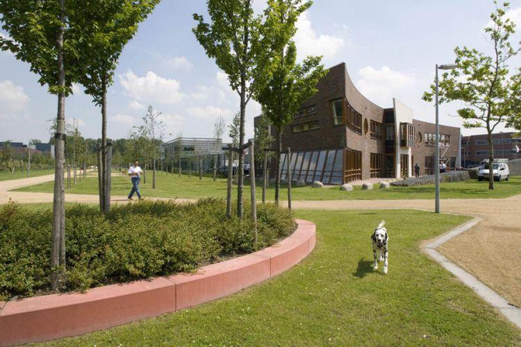 Nieuw Vennep, Bedrijvenpark Nieuw Vennep ZuidOpdracht De Beeldenfabriek