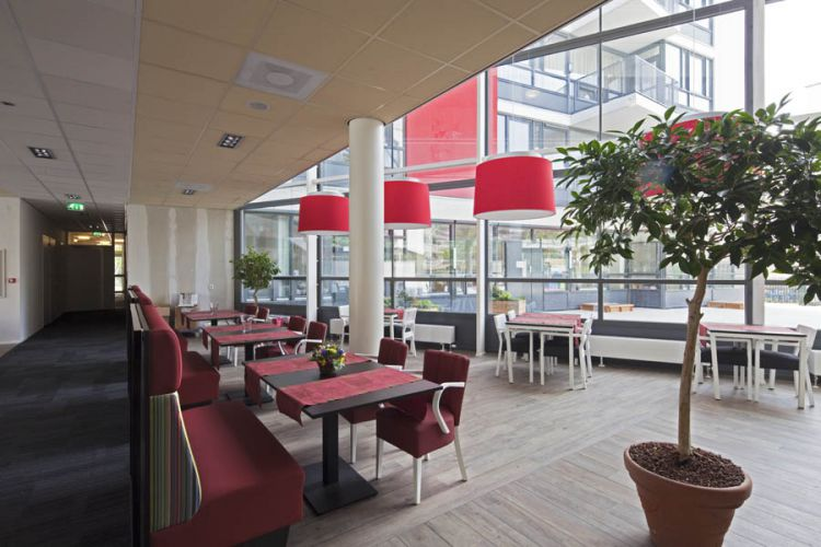 Joods woonzorgcentrum Mr. E.J. Visserhuis, Den Haag